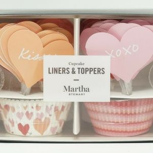 Martha Stewart Heart Cupcake 48 Liners  48 Toppers